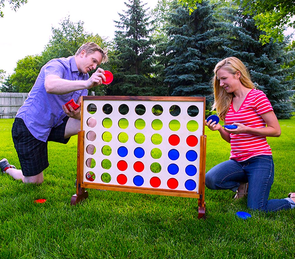 Connect-Four-Yard-Game