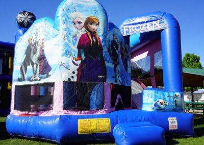 Disney-Frozen-Bounce-House 02